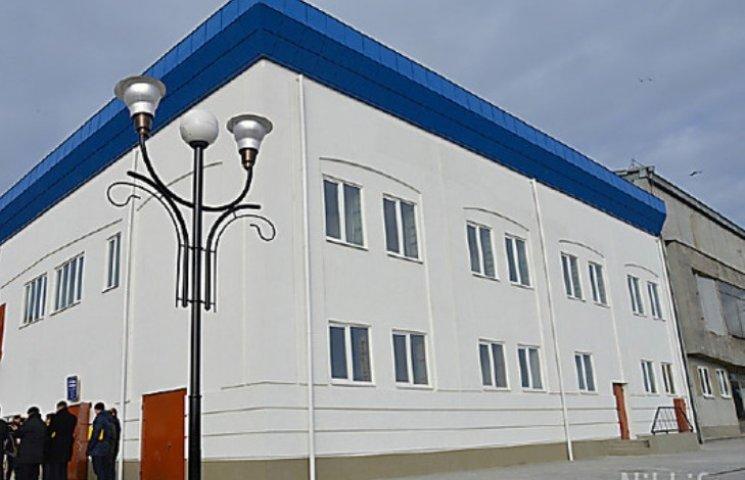 Миколаївці спекулюють петиціями та вимагають ремонту вокзалу