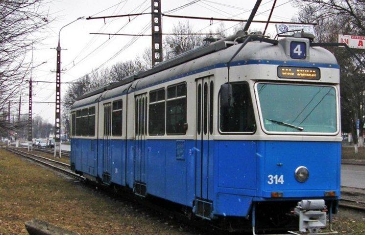 У Вінниці через сумку з милом зупинили трамваї