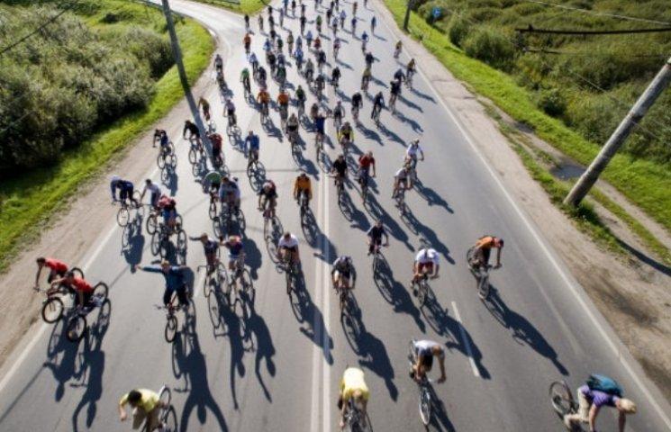 На Миколаївщині обмежать рух транспорту через велоперегони