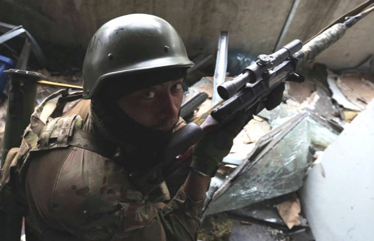"""Запорізькому підрозділу """"Альфа"""" дали гроші на знищення російських снайперів"""