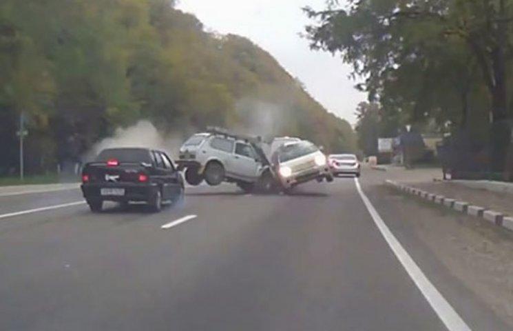 На Росії вважають, що хороші дороги провокують ДТП