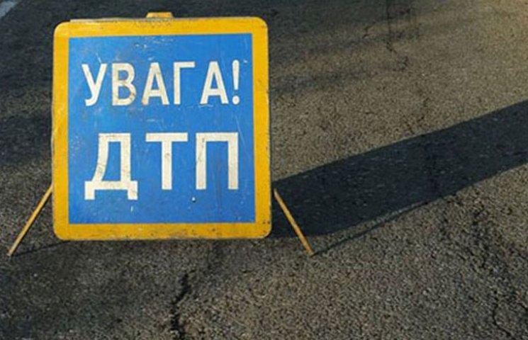 У Запорізькій області мотоцикліст збив жінку з немовлям