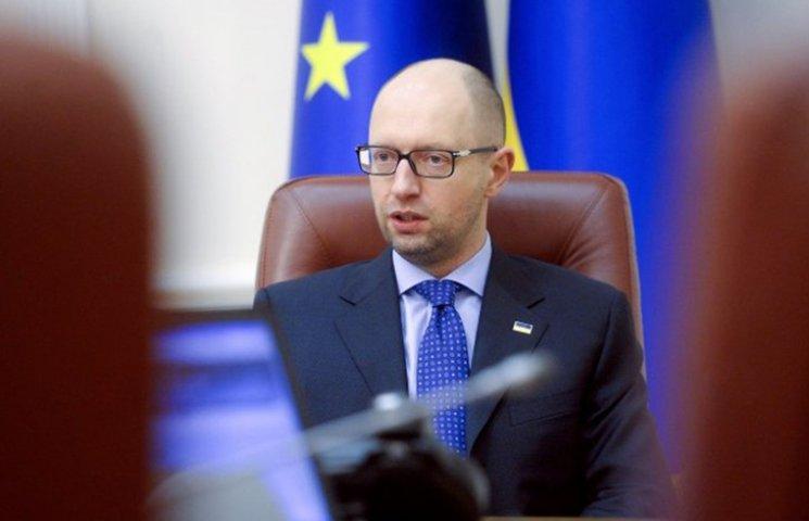Зачем Яценюк копает себе могилу с повышением тарифов