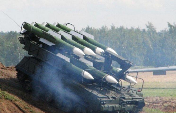 """""""Укроборонсервіс"""" відремонтує вінничанам """"БУК"""" та два винищувачі"""