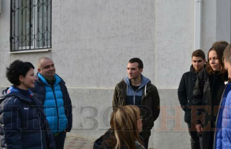 """""""Вы журналист или проститутка?"""" Сестра Савченко пообщалась с автором """"распятого мальчика"""""""