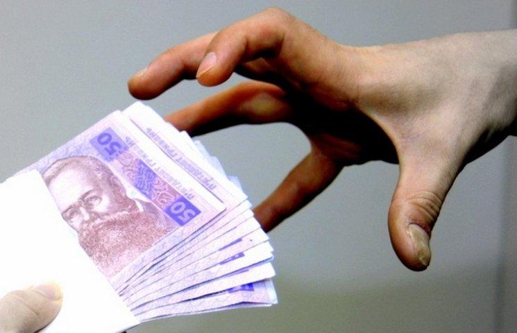 На Вінниччині викладача ПТУ затримали за хабарництво
