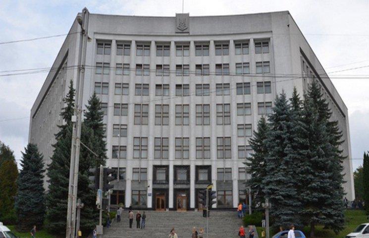 """""""Тихо й мирно"""" страйкуватимуть освітяни в Тернополі"""