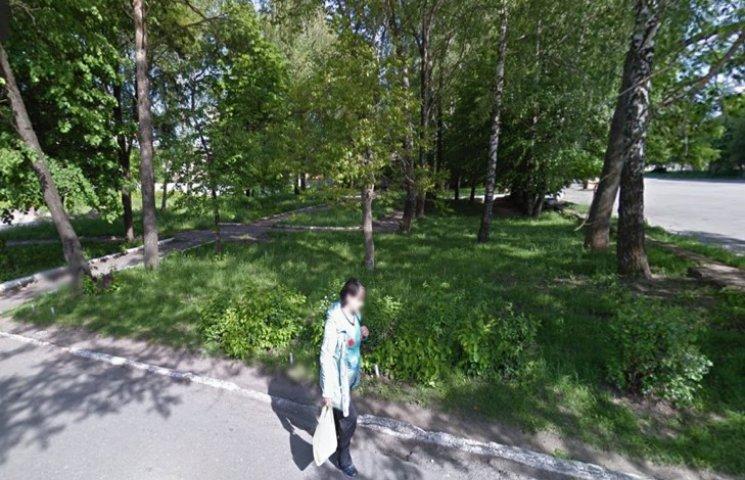 У Хмельницькому скандал із вирубкою дерев і будівництвом церкви