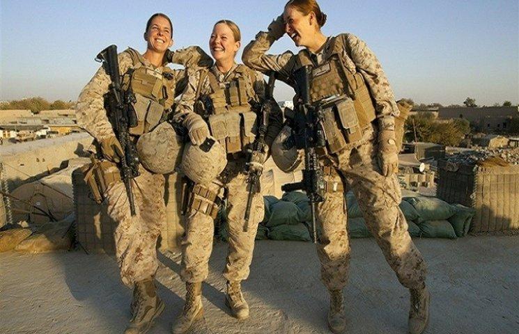 У Хмельницькому вітають жінок-військових