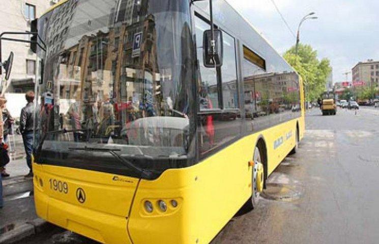 Рух однією з головних вулиць Хмельницького перекриють