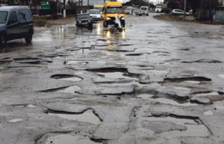 У Миколаєві Служба автодоріг відмовилась брати з бюджету 15 млн гривень