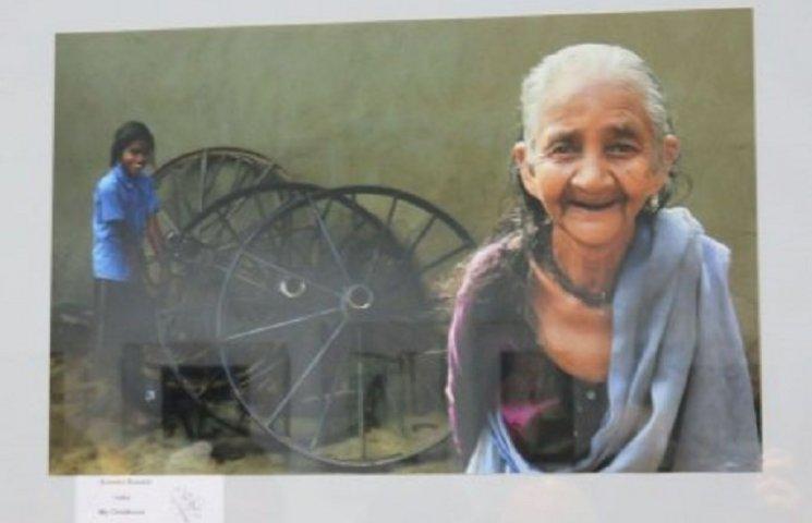 У Хмельницькому відкрилась фотовиставка, присвячена жінці