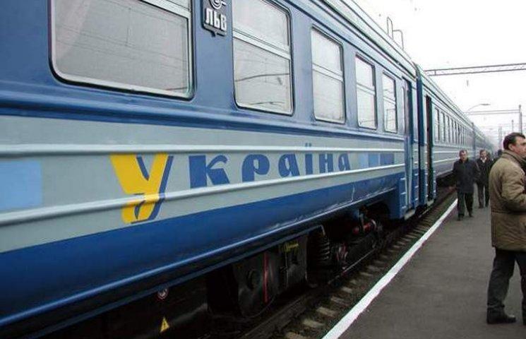 Через Вінницю пустили три додаткових приміських потяги