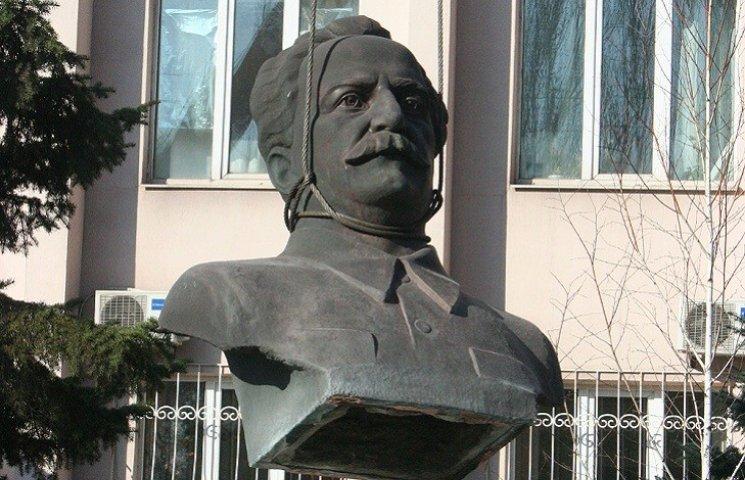 Орджонікідзе у Запоріжжі відправили в небуття за сорок хвилин
