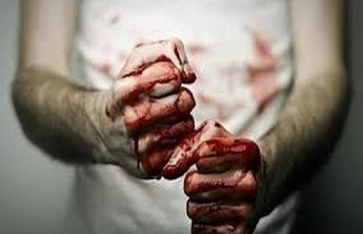 Житель Хмельниччини забив до смерті свою матір у жіноче свято