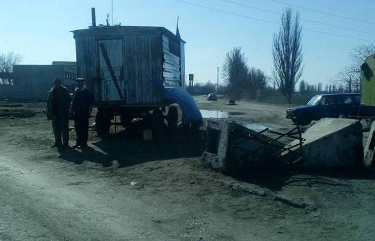На Миколаївщині вже другий тиждень залишається перекритою дніпропетровська траса