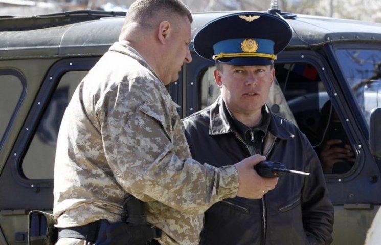 Хроники оккупации Крыма: украинские военные просят разрешить им стрелять в оккупантов