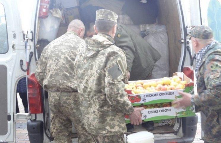 Вінничани відправили на Схід тепловізор, генератор та 8 тонн гуманітарки