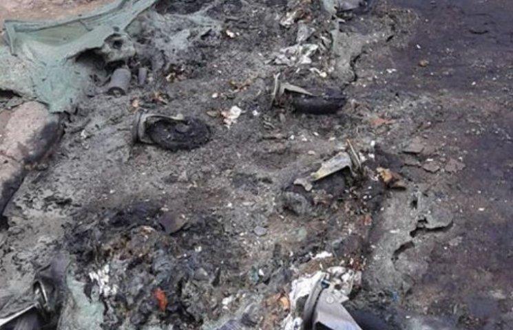У центрі Миколаєва вандали спалили нові євроконтейнери для сміття