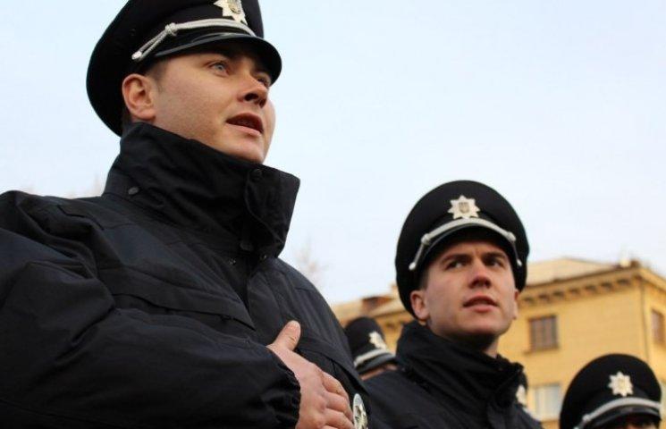 """У Миколаєві відкривається фотовиставка """"100 днів роботи патрульної поліції"""""""