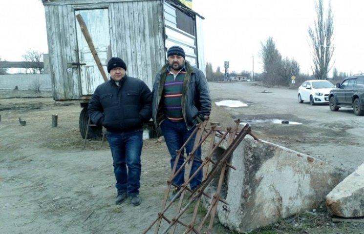 На Миколаївщині залишається перекритою дніпропетровська траса