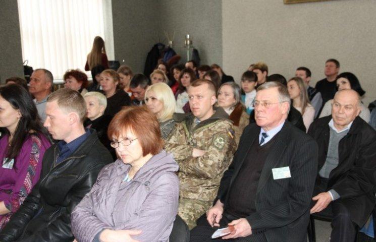 Миколаєву потрібна армія двірників: бажаючих працювати немає