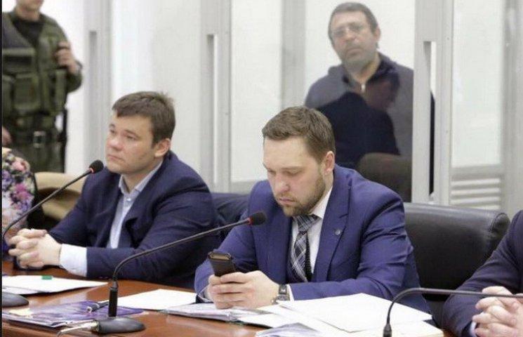Прокурорам у справі Корбана дали ніч на пошук оригіналів документів