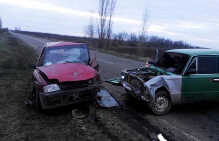 В ДТП на Миколаївщині постраджало шість людей, серед них 4-річна дитина