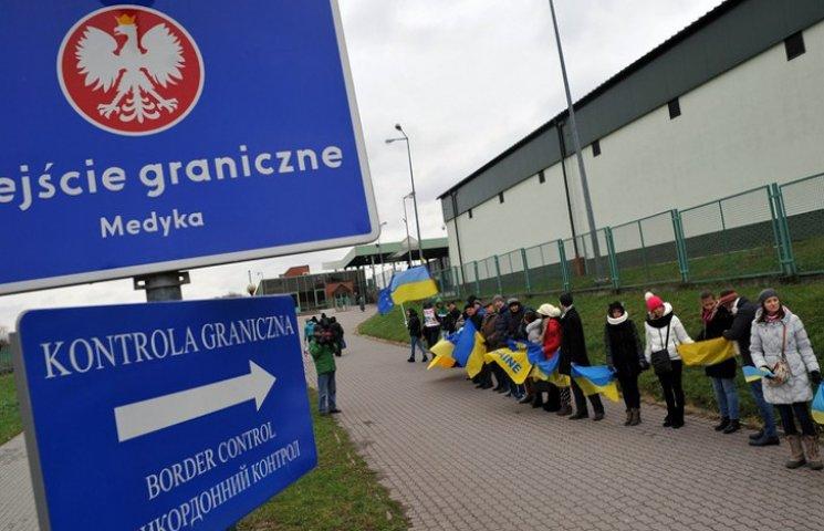 """Украине зарубят безвиз из-за """"политической коррупции"""" на мажоритарке"""