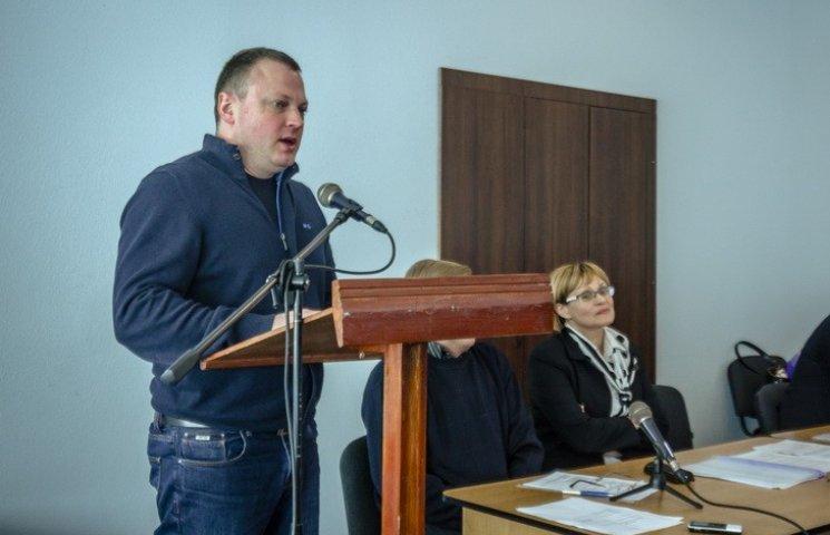 Чиновника Коломойського обрали головним у дніпропетровському бадмінтоні