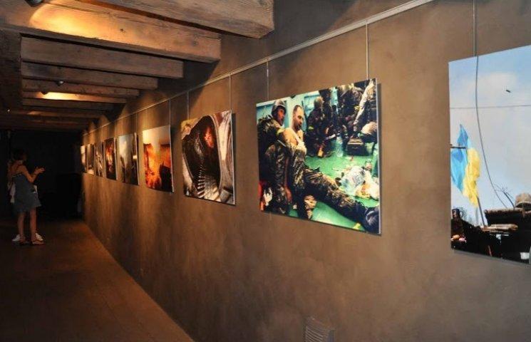 У Женеві продали картини на $45 тис., щоб допомогти переселенцям з Донбасу