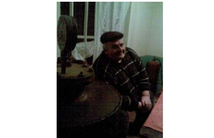 Дідусь з Тернопільщини виготовив для воїнів АТО 700 літрів м
