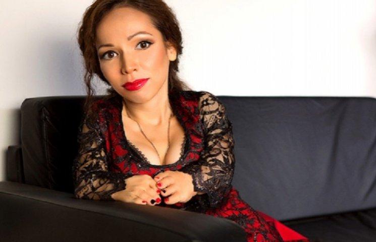Модель-карлик звинуватила Баскова у дискримінації прав низькорослих жінок