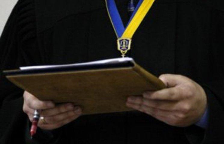 Хмельницькому майору-хабарнику у суді стало зле – засідання перенесли