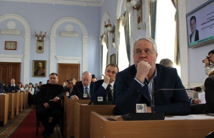 Депутати Миколаївської міськради не справляються з електронними петиціями