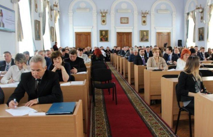 Депутати Миколаївської міськради просять у Кабміна гроші на ПТУ