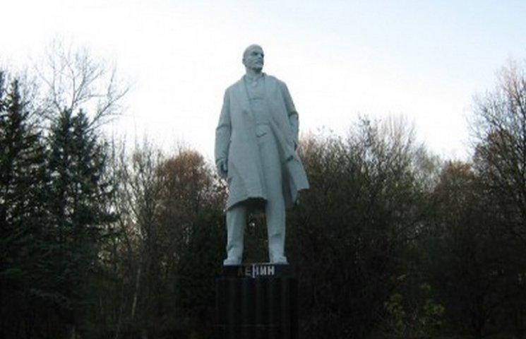 У Хмельницькому вкрали Леніна