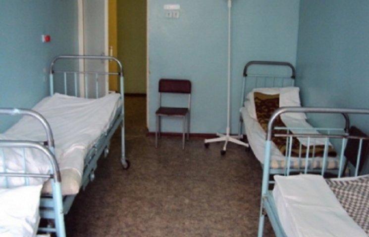 На  Хмельниччині обіцяють закінчити оптимізацію ліжко-місць до  січня 2017 року