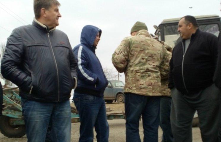 Страйкарі траси в окрузі Вадатурського подумують про перекриття доріг у Миколаєві