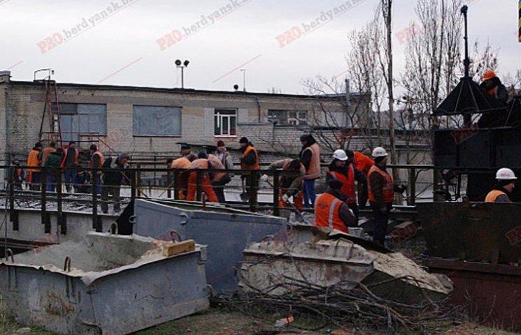 У Бердянську відремонтували 100-річний залізничний міст