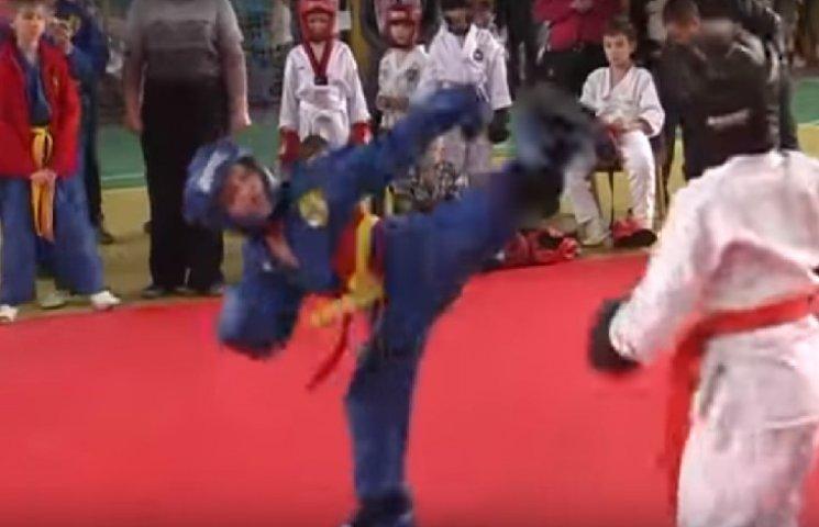 На відкритому Чемпіонаті у Житомирі хмельницькі рукопашники стали другими