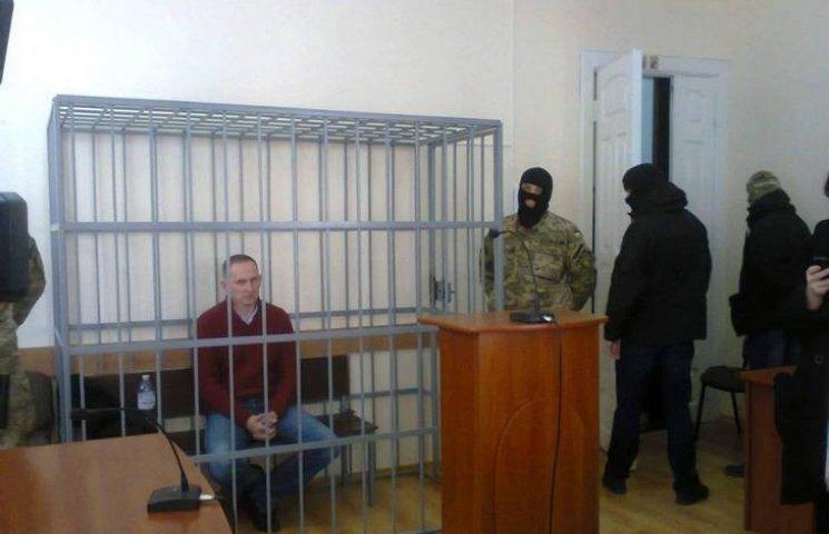 До Шевцова в суд викликали медиків