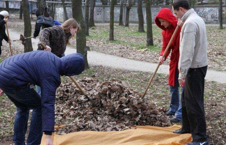 У Миколаєві мер і депутати зібрались на еко-тусовку