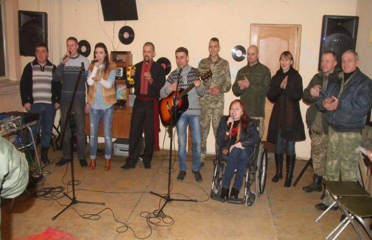 Подільські волонтери повернулися з чергової концертної мандрівки в АТО