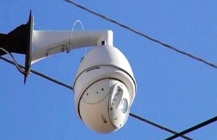 У Тернополі за основними дорожніми розв'язками встановили систему відеонагляду