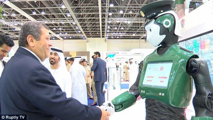 Наулицы Дубая выйдут первые робокопы