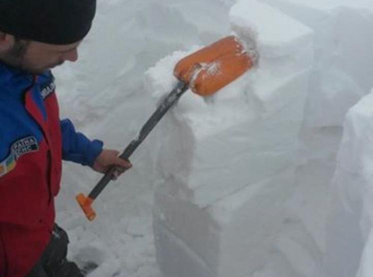 На карпатській горі Піп Іван випало понад три метри снігу