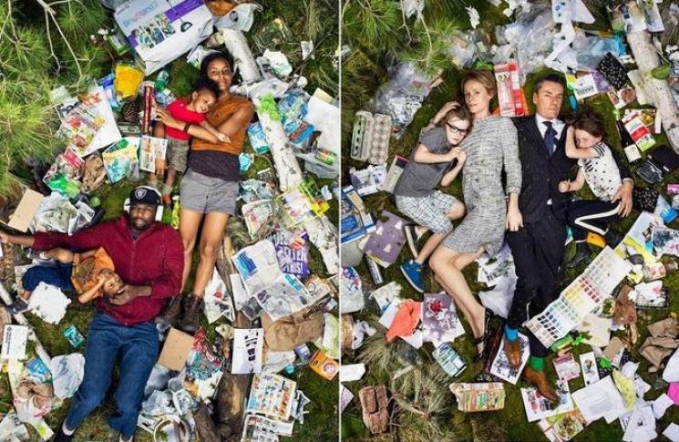 Фотограф у вражаючому проекті показав, скільки сміття залишає людина протягом тижня