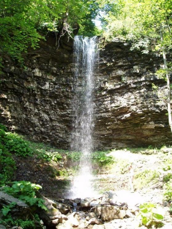 Туристу на замітку: 10 маловідомих водоспадів Карпат фото 4
