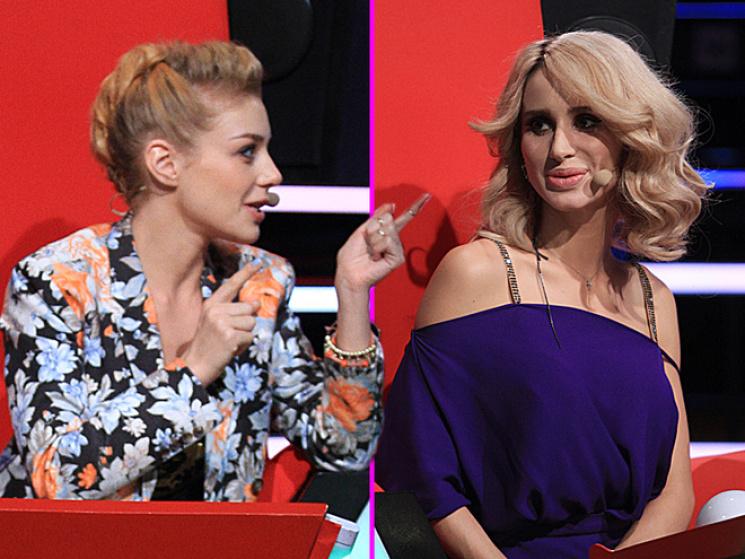 Бритни Спирс иТина Кароль в идентичных платьях— Битва нарядов